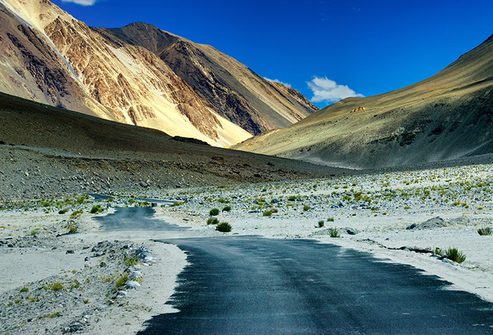 Leh Ladakh Wallpaper For Offices Wall Decor